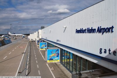 Hahn Flughafen Ankunft